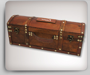 Treasure chest wine bottle case