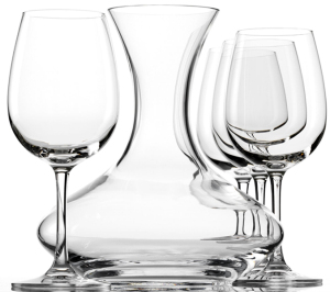 Decanter with 4 wine glasses